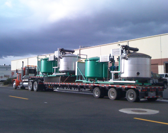 Skid mounted ClearRefining® processor design allows for easy transport.