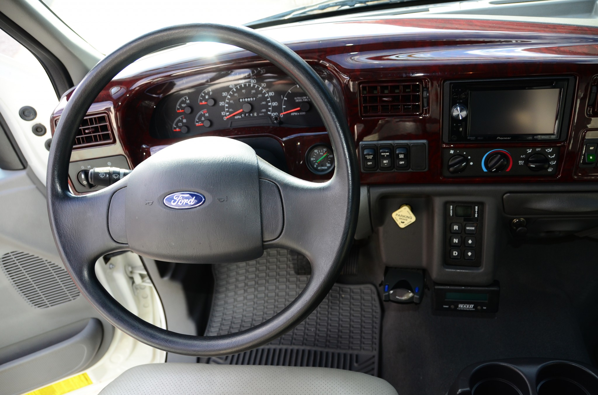 A wood-grain dash is not what you'd expect in a utility rig.
